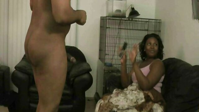 Eva cerita sex tante galak Mendez telanjang!