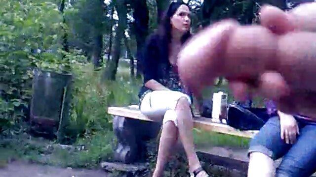 Scarlett Goreng diperkosa cerita sex tante sendiri keras dengan bermain golophone.