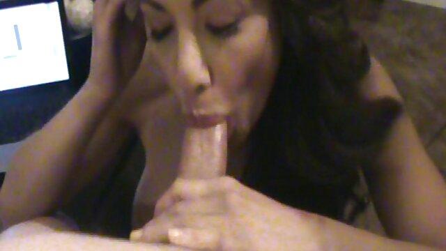 Masturbasi, Ebony, anal di tangga. MP4 cerita bokep tante dan keponakan