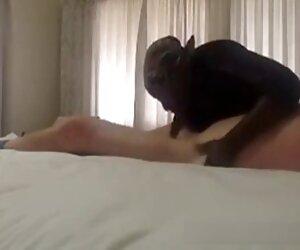 Daisy Cooper menyebalkan cerita seks janda hot dari Michael Vegas puppy