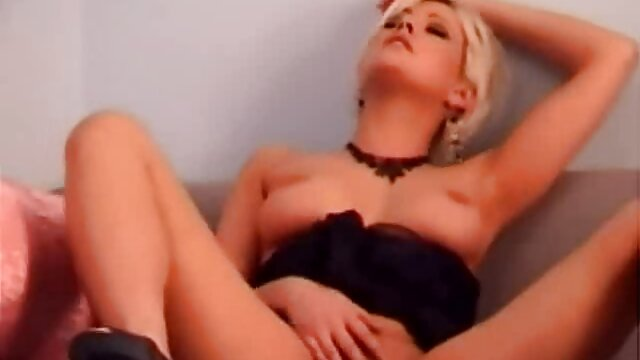 Home, Festival nilai tinggi dari cerita seks hot tante Jerman